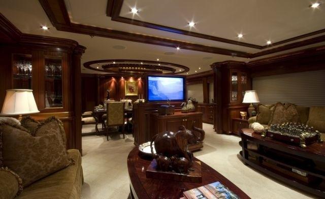 Screening: Yacht PENNY MAE's Premier Saloon Image