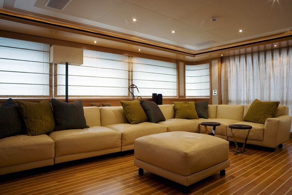 Sitting: Yacht HANA's Saloon Image