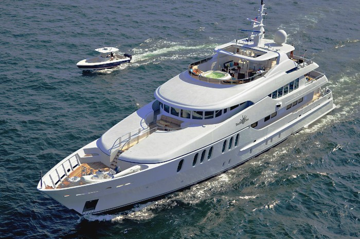 Ship's Tender: Yacht COCO VIENTE's Cruising Captured