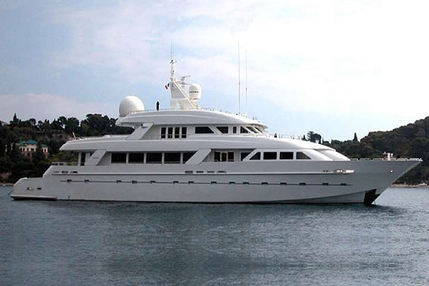 Island heiress yacht charter details cheoy lee for Greenes boat and motor