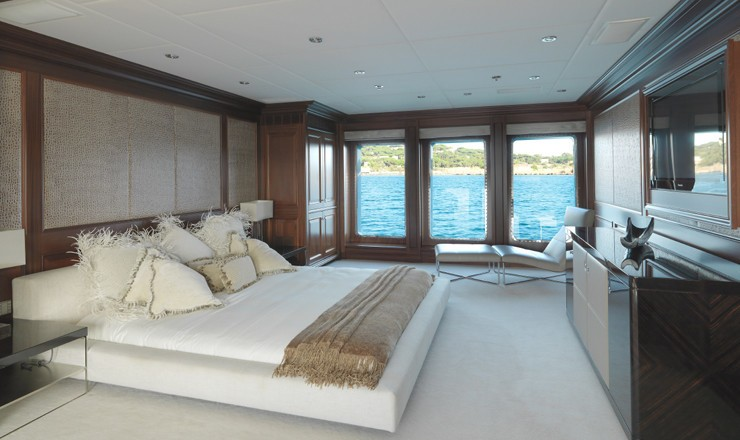 Main Master Cabin On Yacht MY LITTLE VIOLET