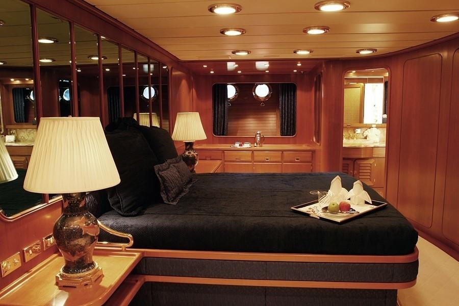 Profile: Yacht ANDROMEDA LA DEA's Guest's Cabin Pictured