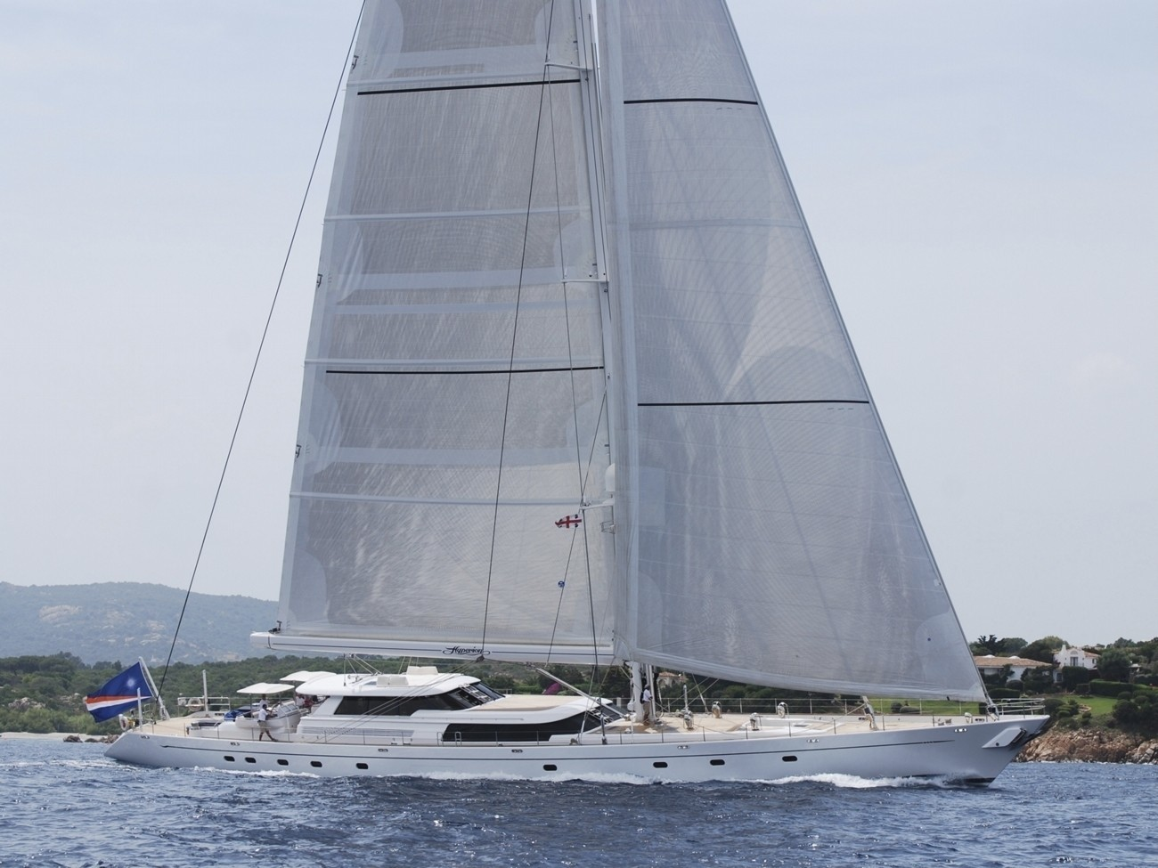 Premier Overview Aboard Yacht HYPERION