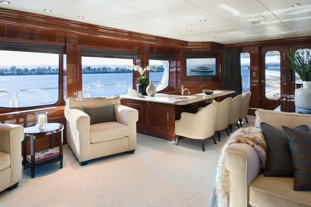 Premier Saloon Drinks Bar Zone Aboard Yacht NO COMMENT