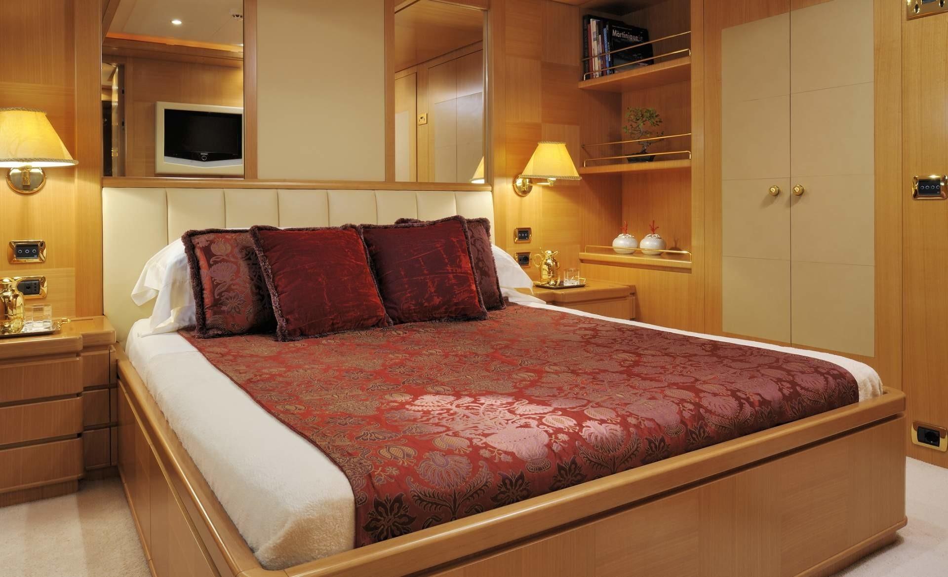Guest's Cabin Aboard Yacht OASIS