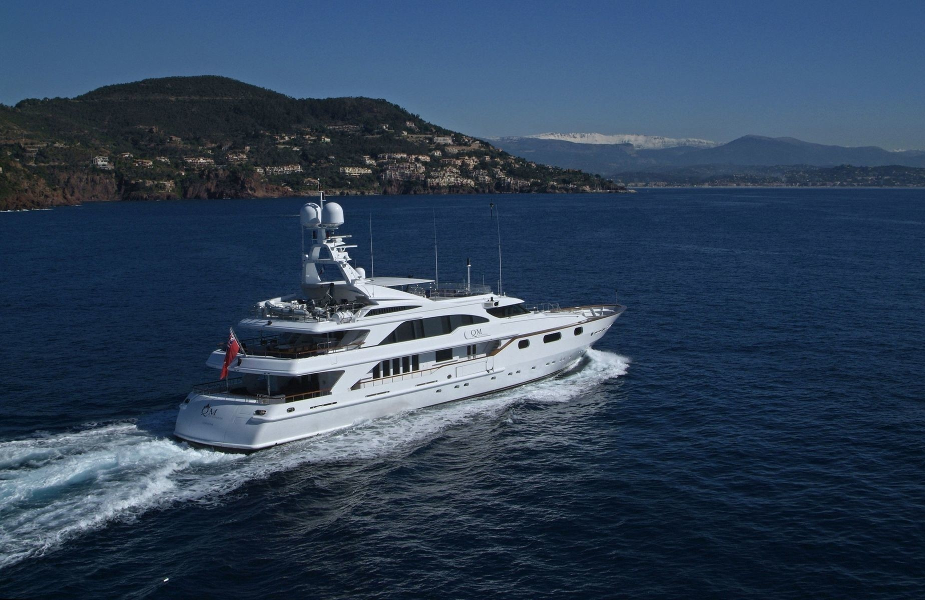Aft Aspect On Board Yacht QM OF LONDON