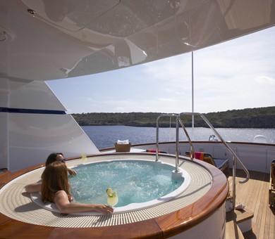 Jacuzzi Pool On Yacht TELEOST