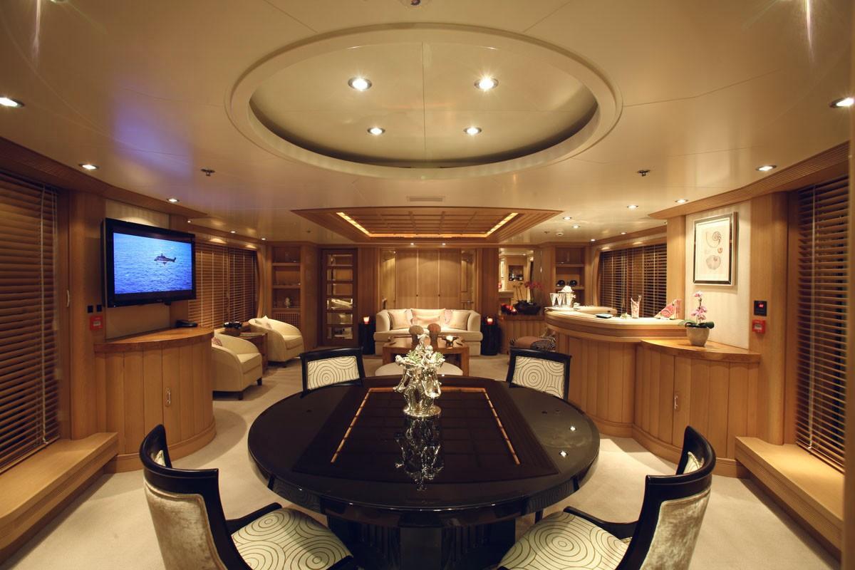 Top Saloon On Yacht MARLA