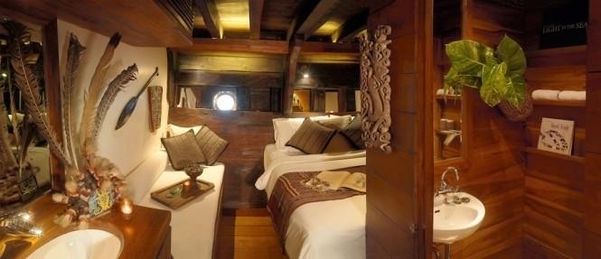 Twin Bed Cabin Aboard Yacht SILOLONA
