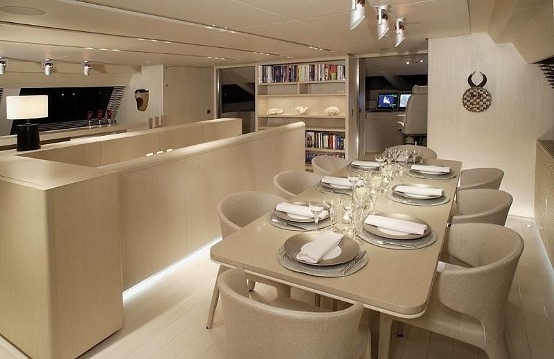 Eating/dining Saloon On Board Yacht RED DRAGON