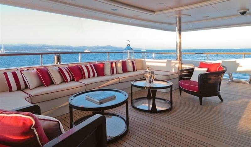 main deck aft exterior seating