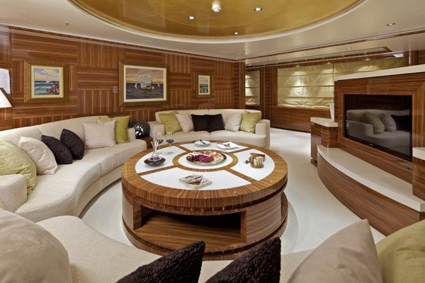 Top Saloon On Yacht MIA RAMA