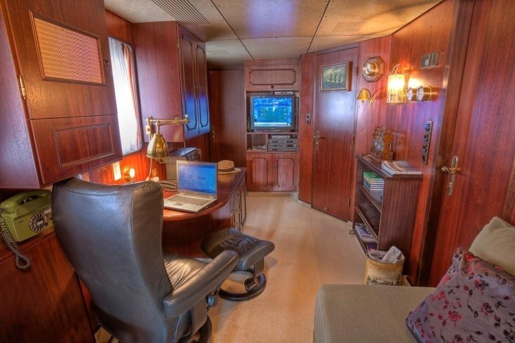 Study On Yacht SANSSOUCI STAR