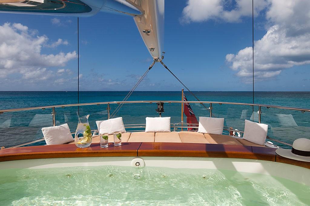 Life On Yacht ZENJI