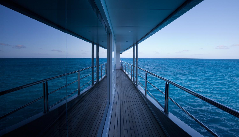 Balcony On Yacht IDOL
