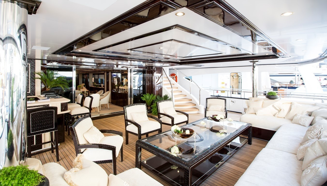 main deck aft seating area