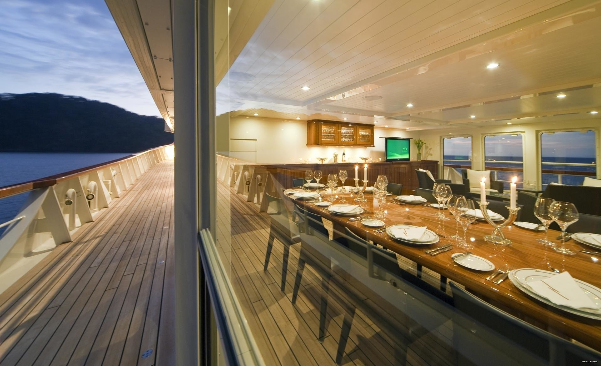 Top Deck Eating/dining Indoor Or Outside On Yacht SEAWOLF