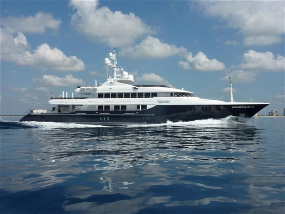 The 58m Yacht UNBRIDLED