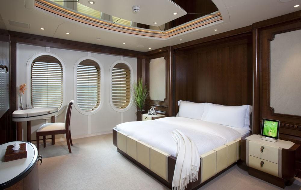 Profile: Yacht CALYPSO's Premier Deck Cabin Pictured