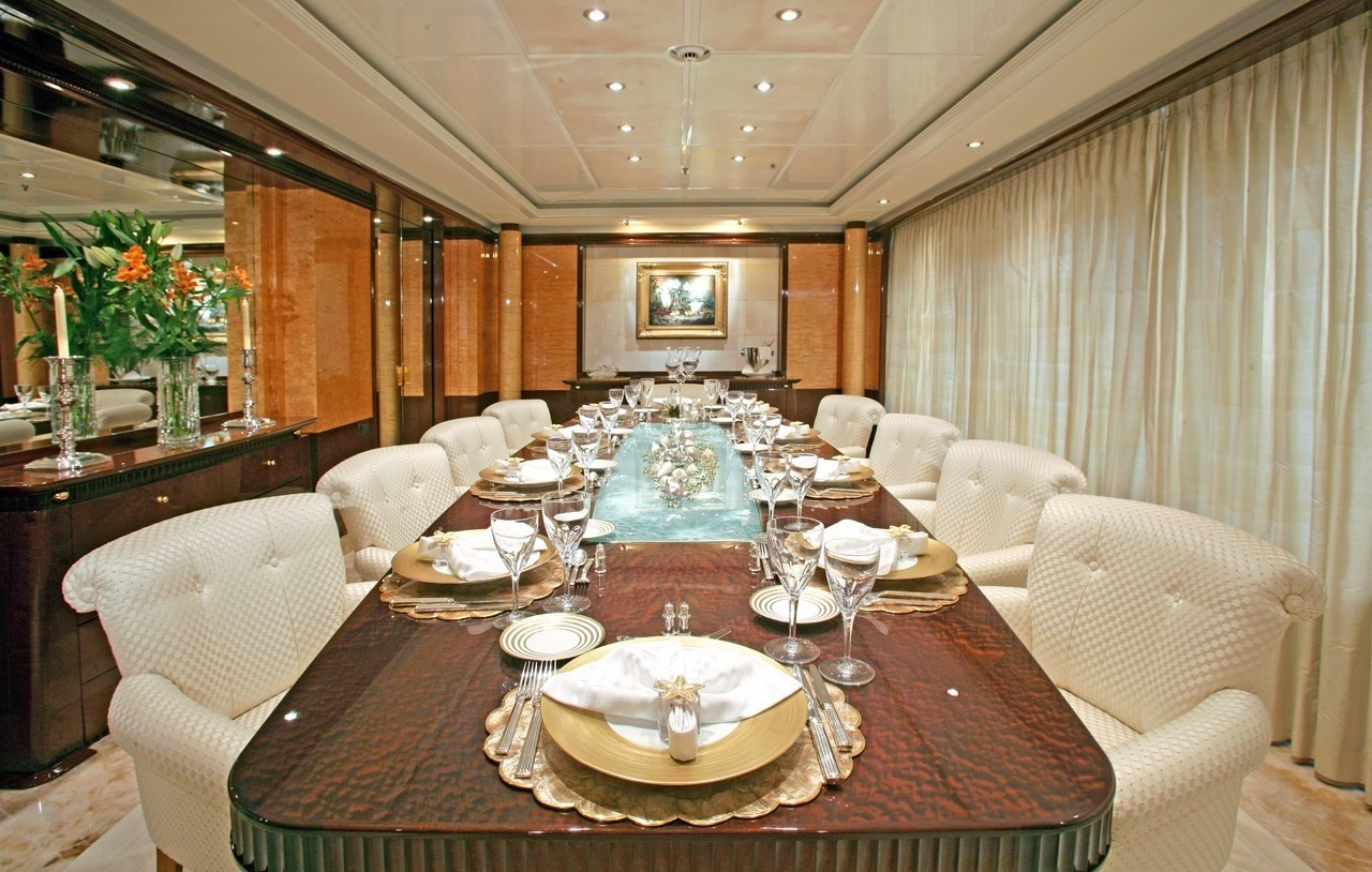 Profile: Yacht LUCKY LADY's Eating/dining Saloon Pictured