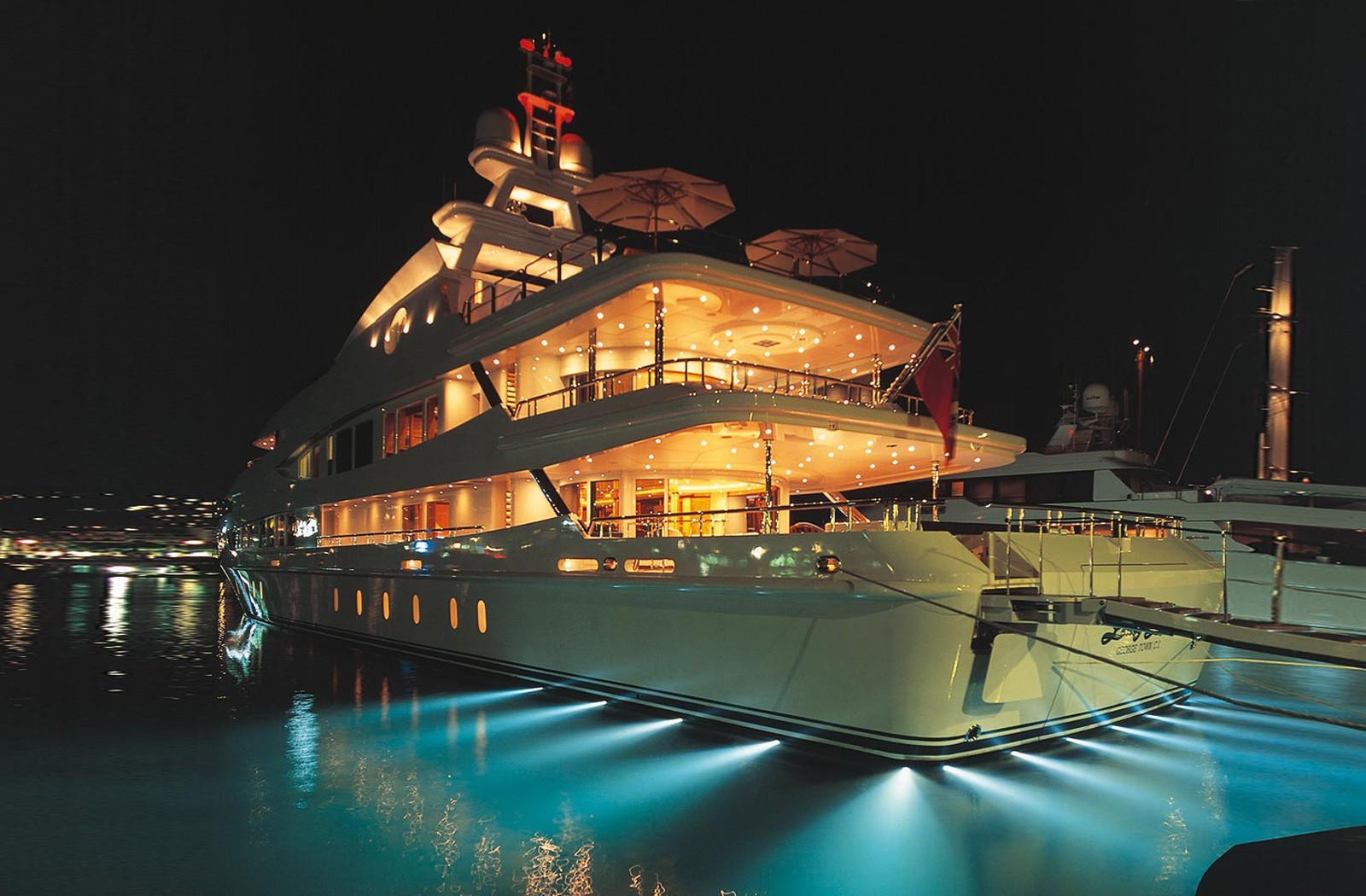 Under Water Lighting Aboard Yacht LUCKY LADY