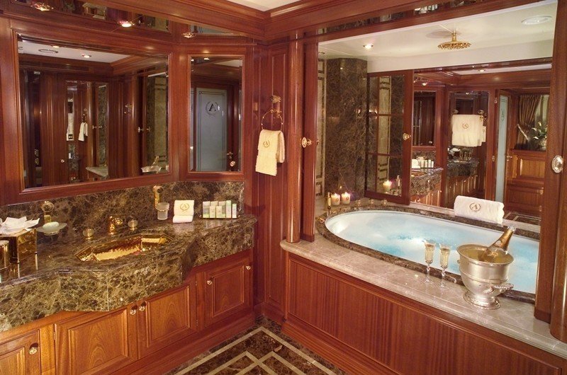 Main Master His / Hers Bath On Yacht APOGEE