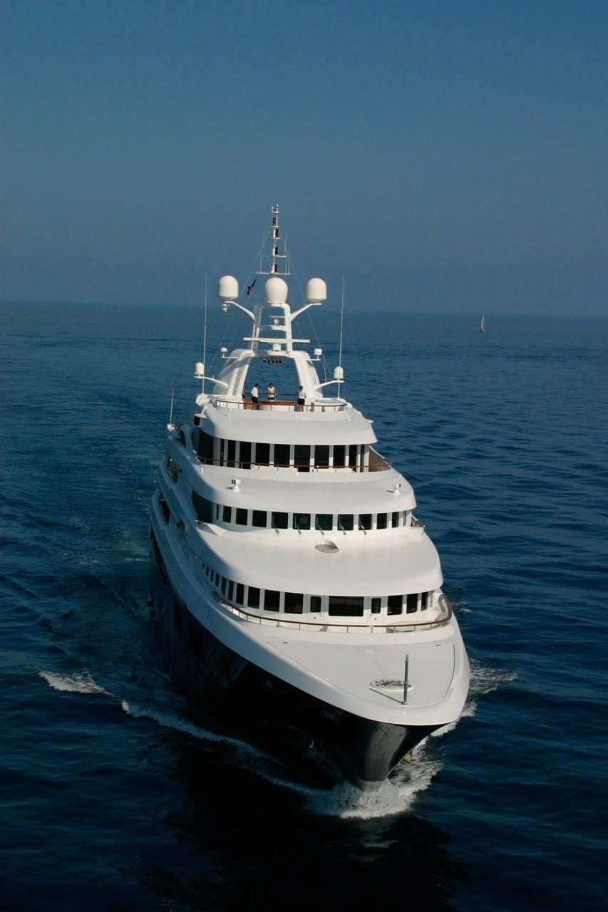 Forward Aspect Aboard Yacht FREEDOM