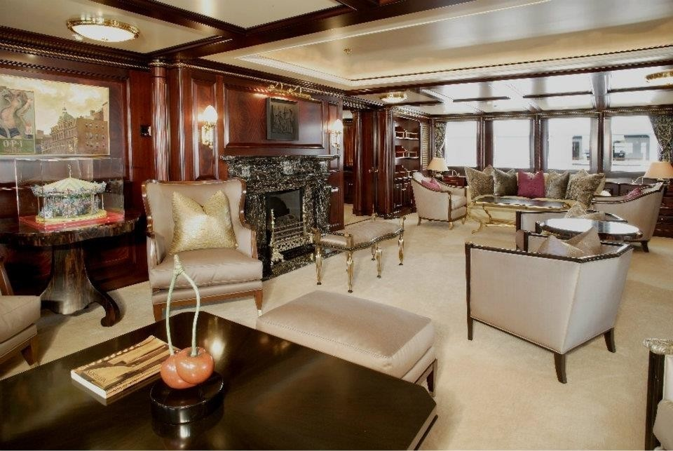 Fire: Yacht FREEDOM's Saloon Image