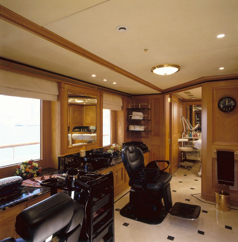 Beauty Saloon On Board Yacht FREEDOM