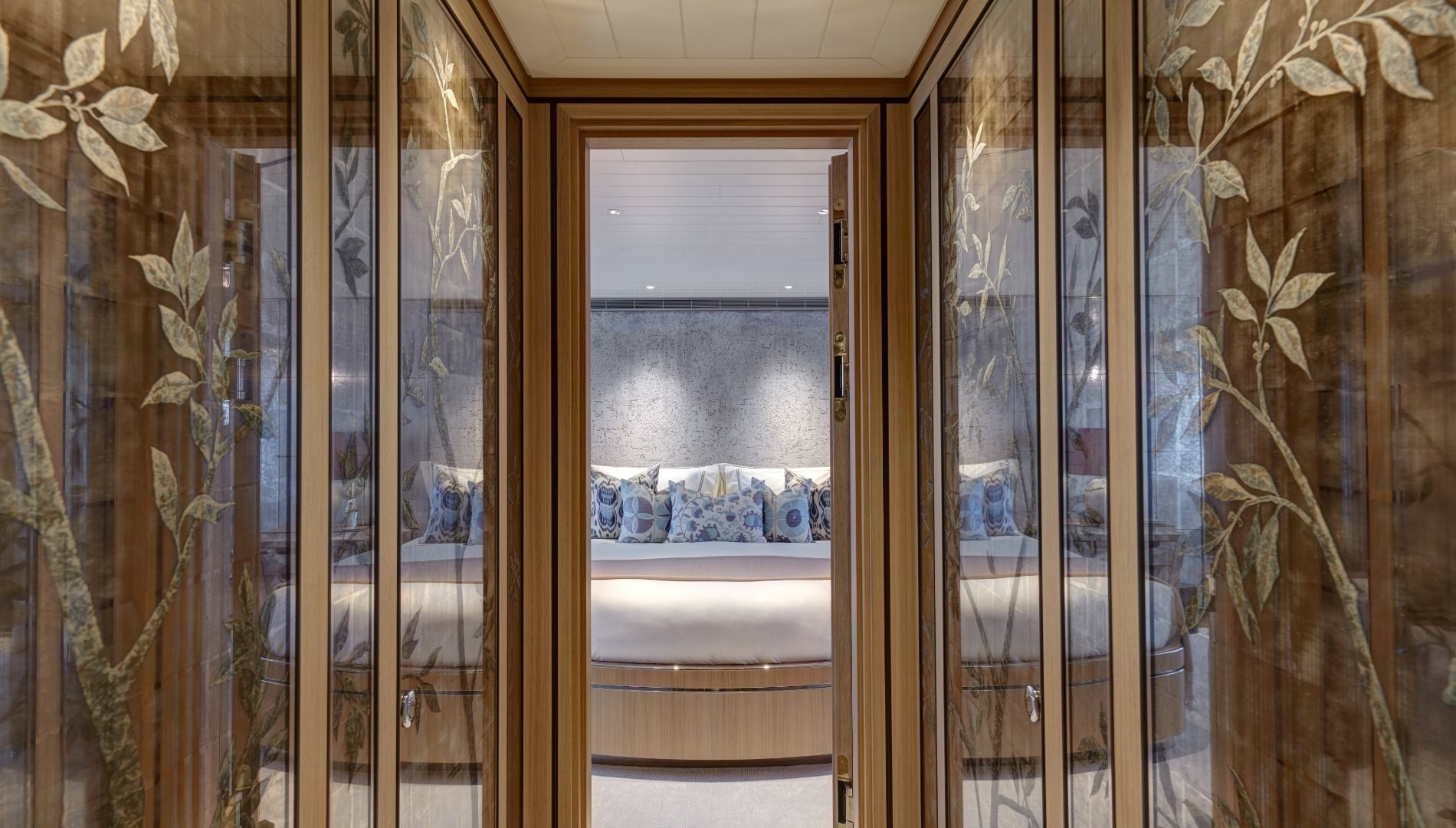 spectacular glass artwork looking into the master stateroom