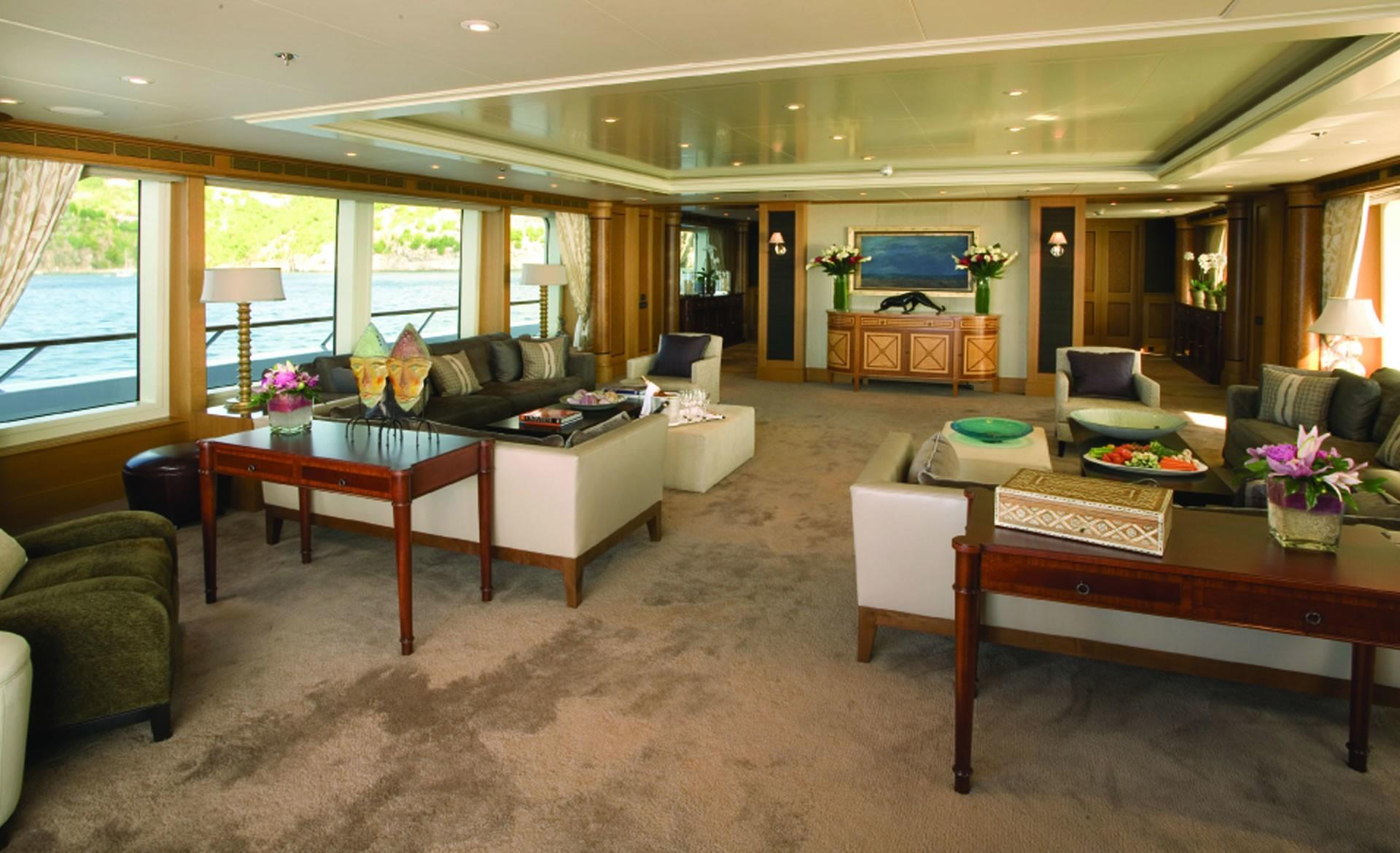 Premier Saloon Aboard Yacht UTOPIA
