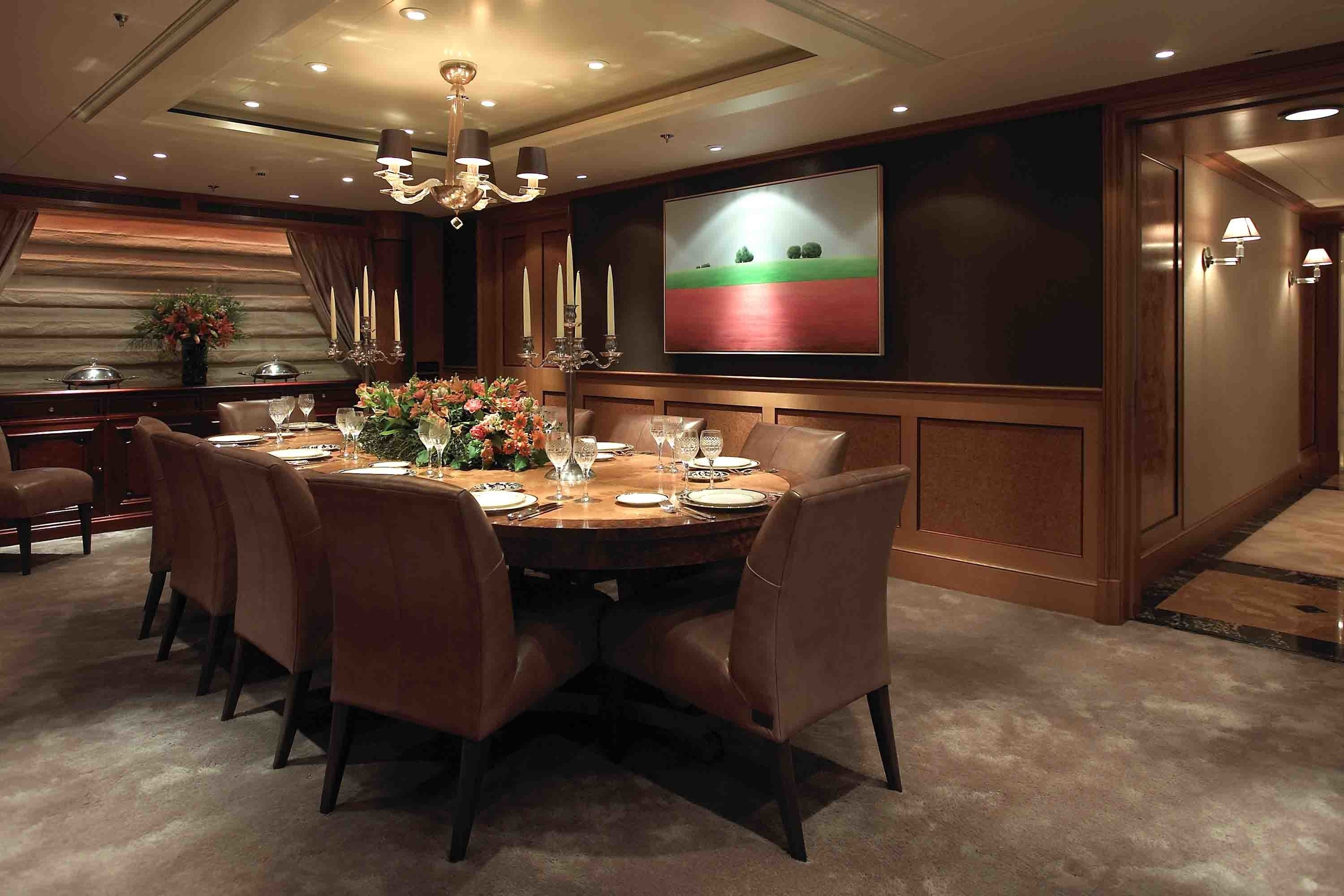 Eating/dining Saloon Aboard Yacht UTOPIA