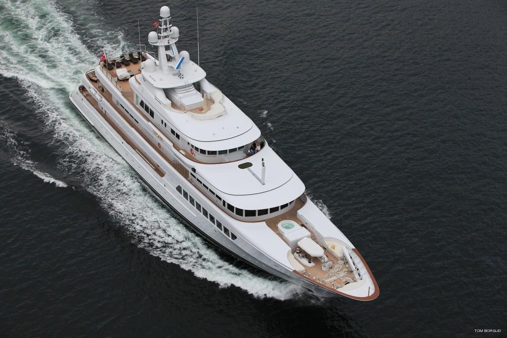 The 71m Yacht UTOPIA