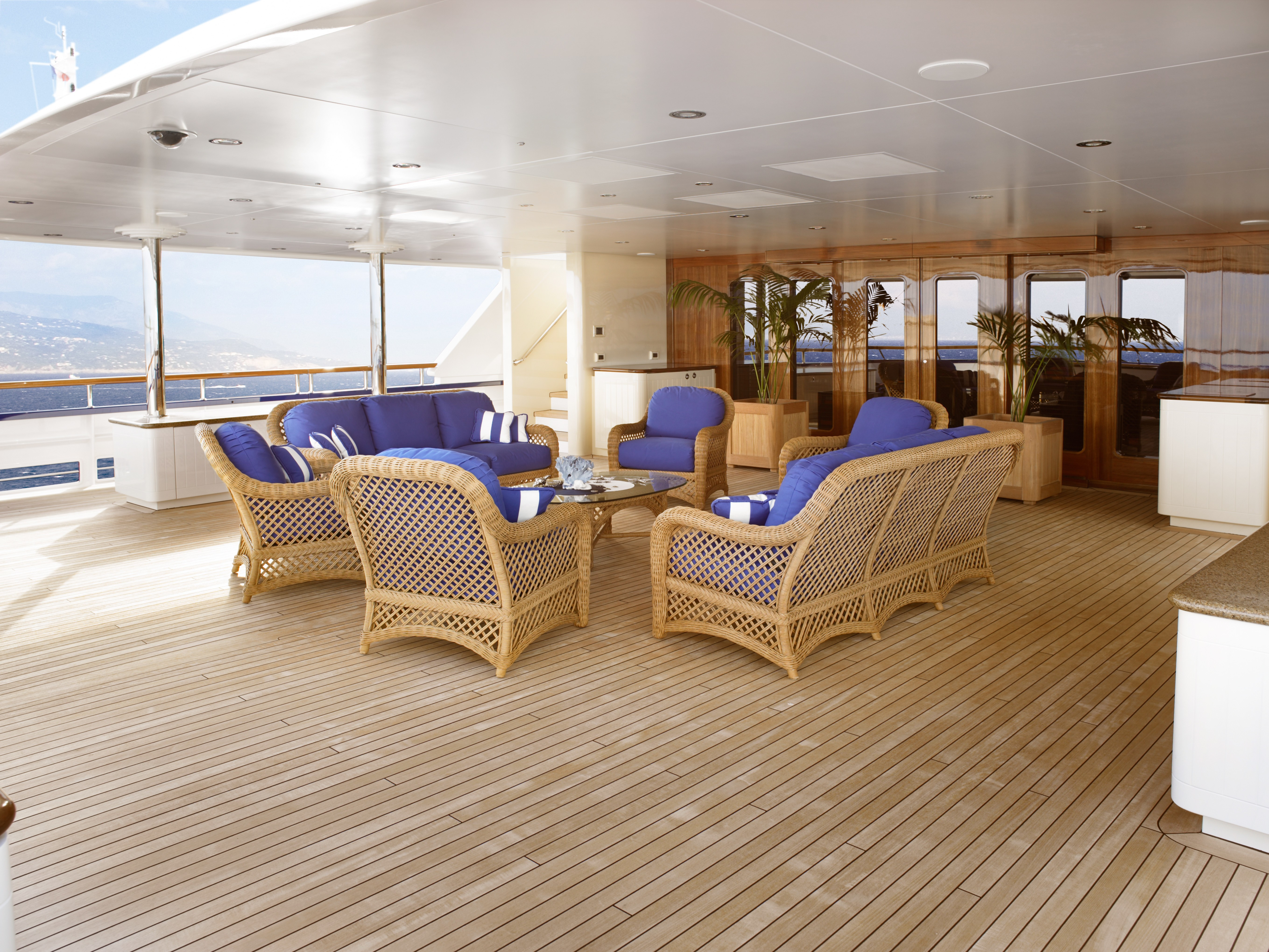 upper deck lounging area