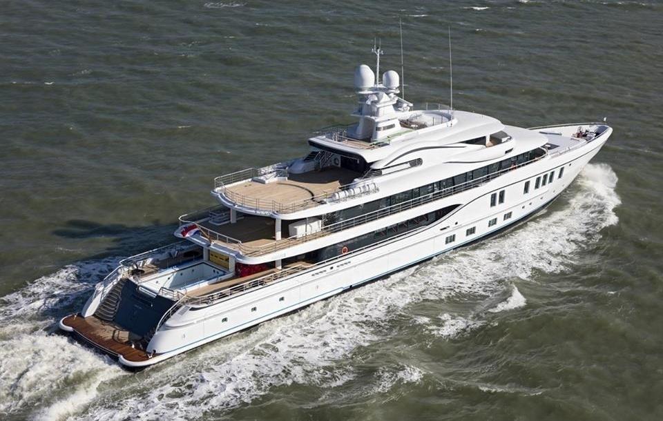 The 74m Yacht PLVS VLTRA