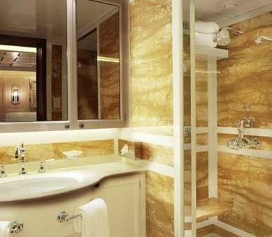 VIP Bath On Yacht SAMAR