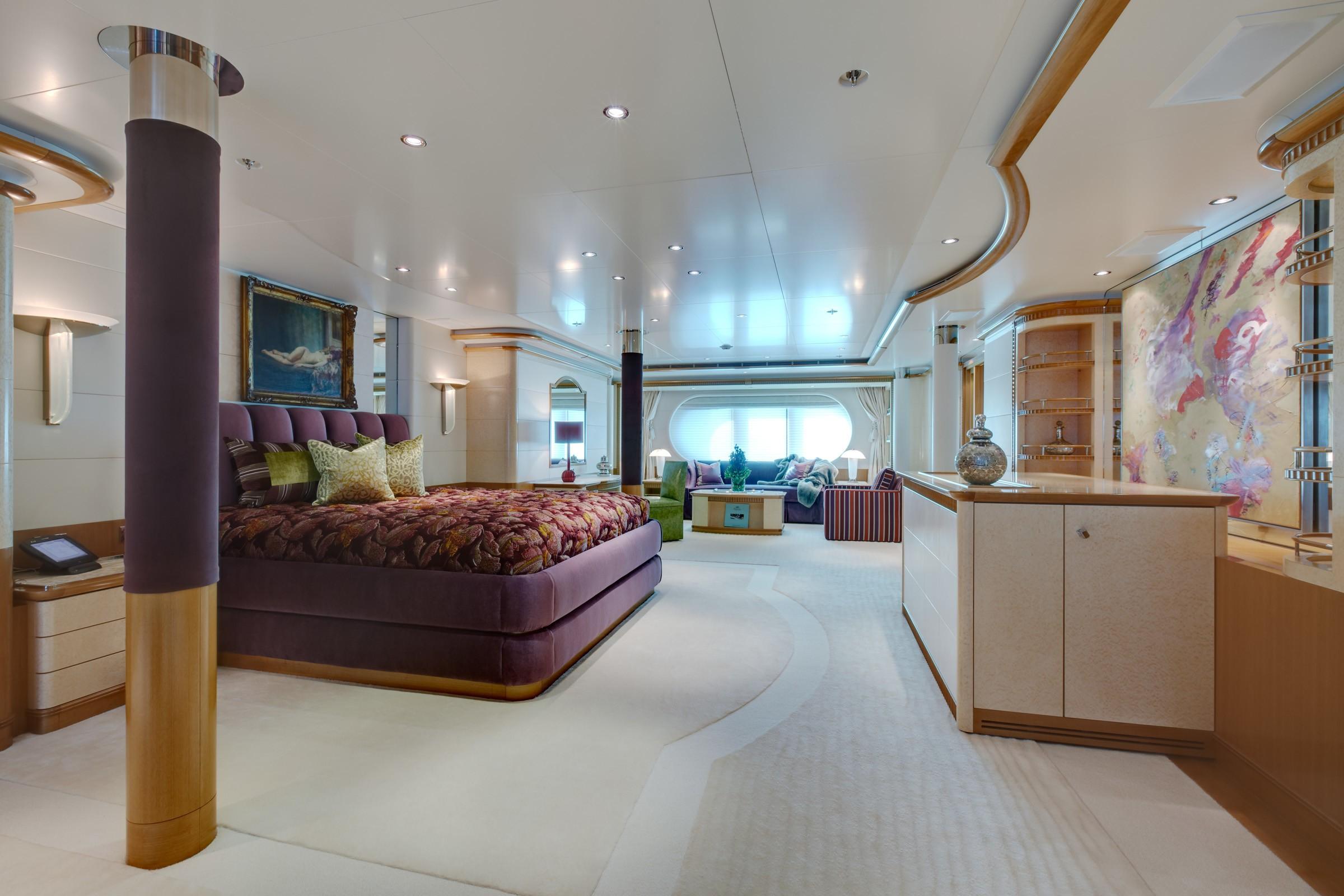 Main Master Cabin On Yacht PEGASUS VIII
