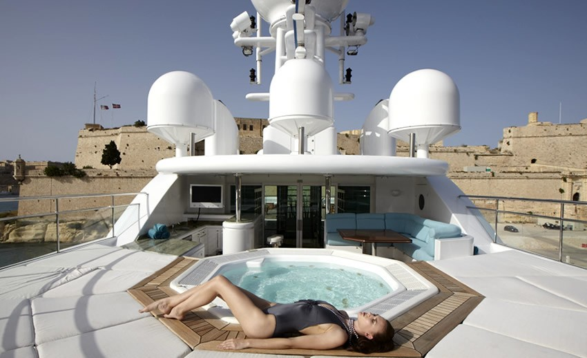 Jacuzzi Pool On Yacht PEGASUS VIII