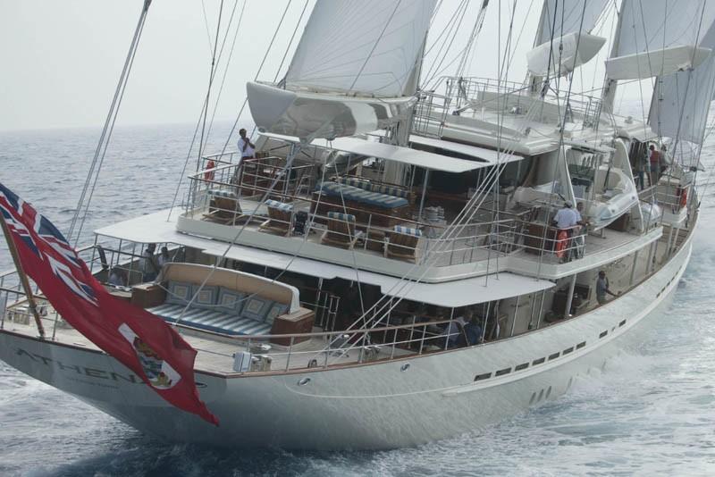 aft view sailing close up