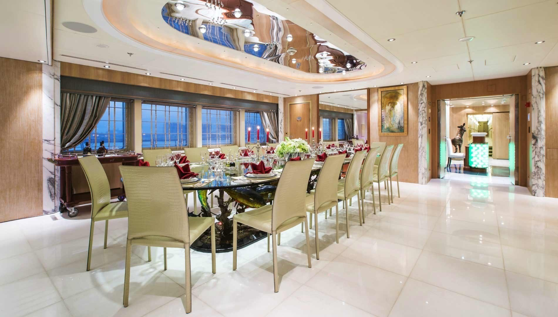 Eating/dining Zone On Board Yacht MOONLIGHT II