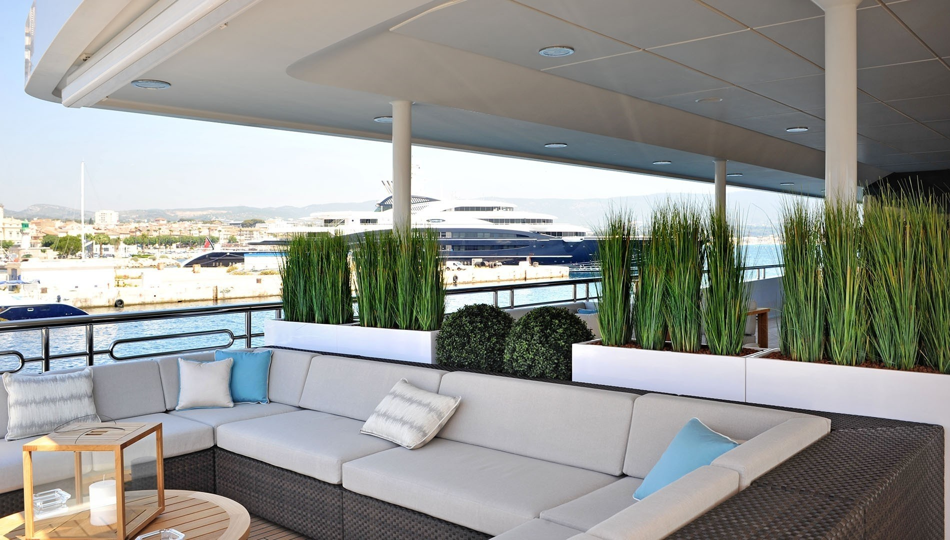 exterior aft seating area