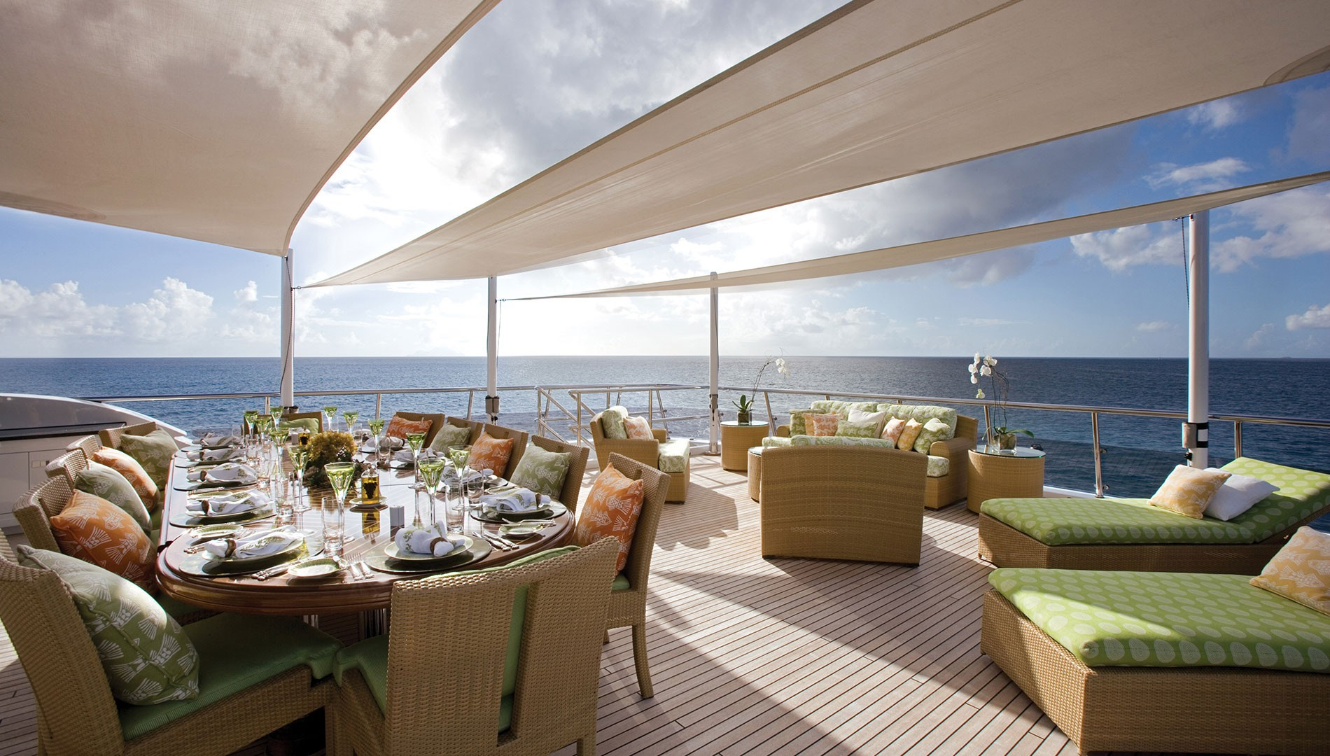 Al Fresco Dining On The Aft Deck