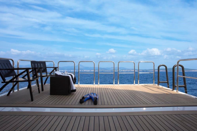 Swim Platform Image Gallery Luxury Yacht Browser By