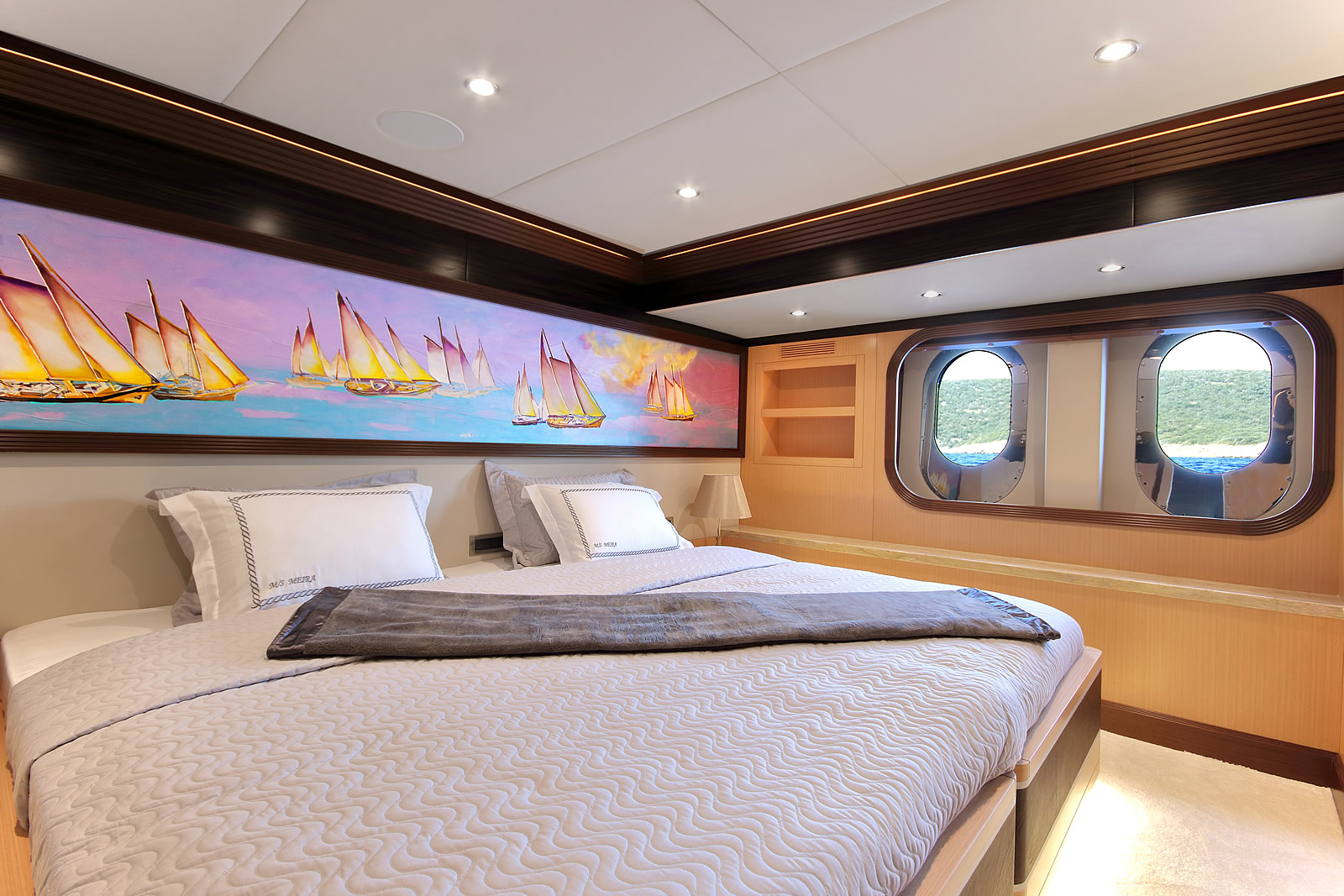 Convertible Twin Suite