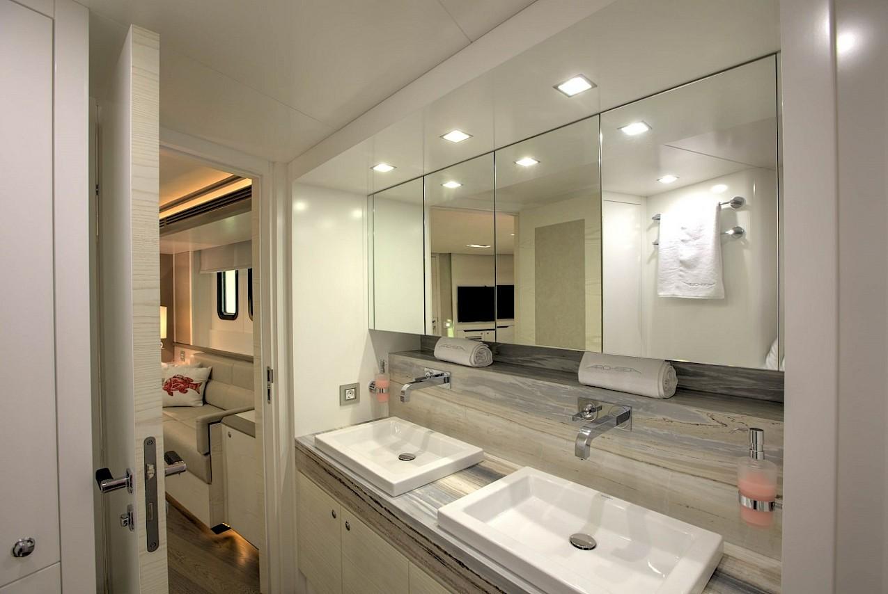Owner Ensuite Bathroom