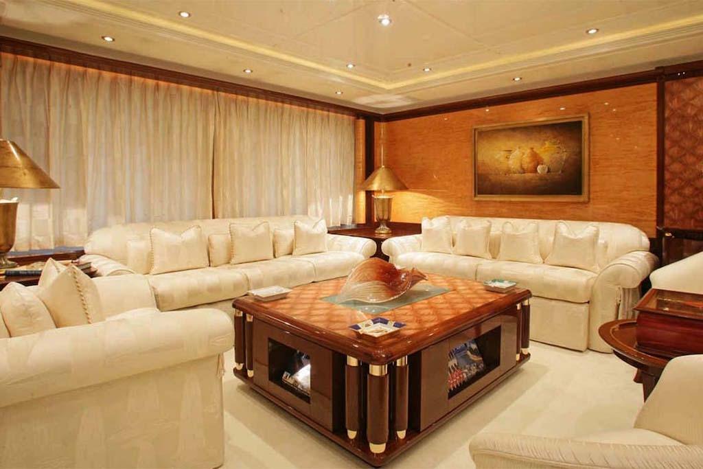 Salon Main Deck Lounge