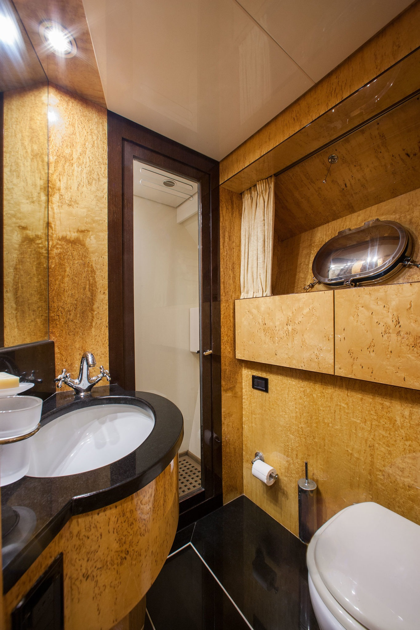 Twin Guest Bathroom
