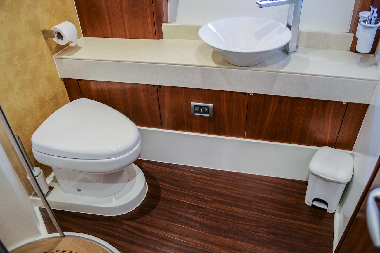 Ensuite Guest Bathroom