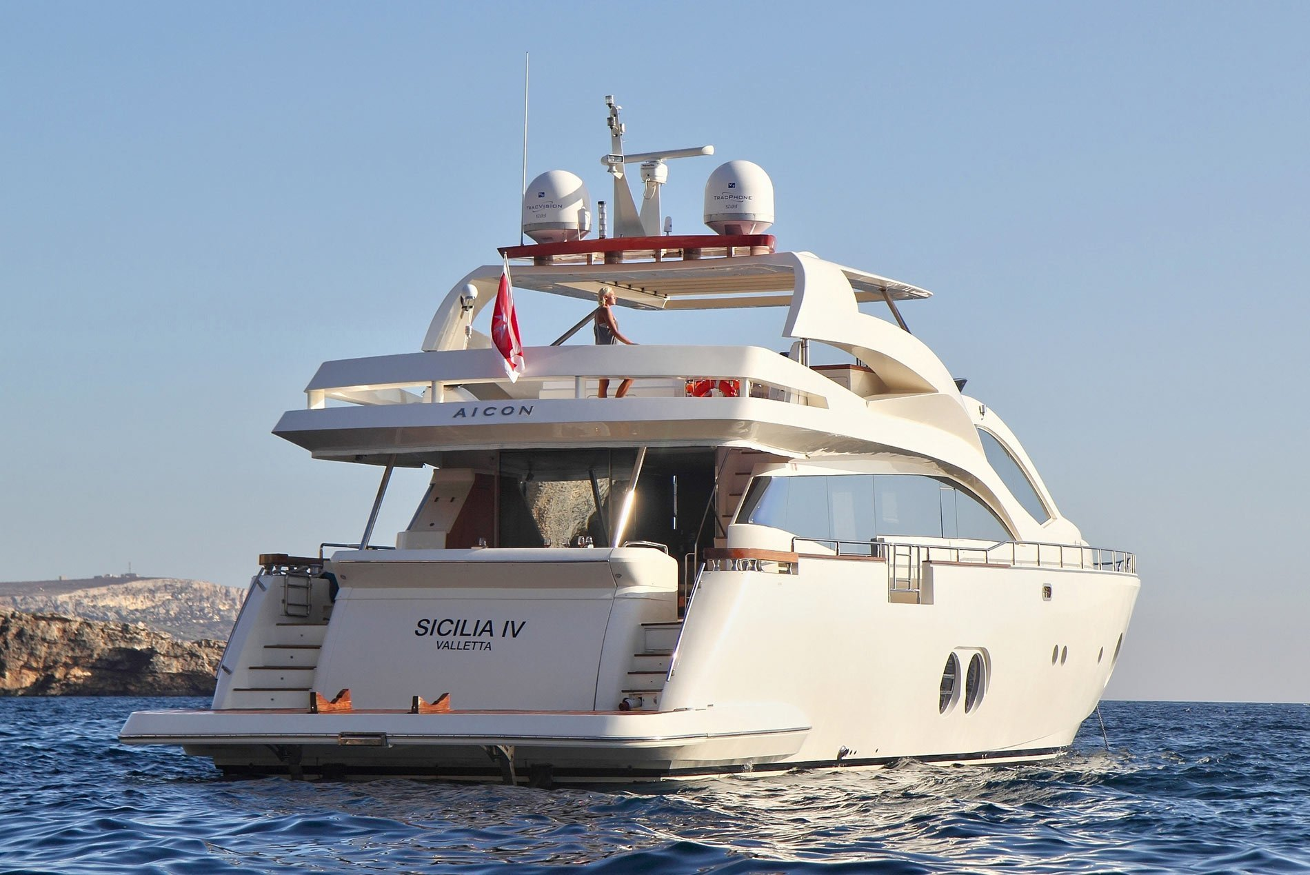 Aft View Lifestyle