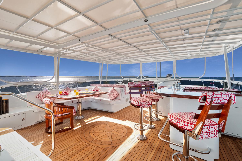 Sun Deck Seating And Bar